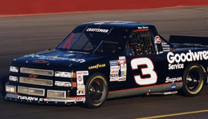 092814-mike-skinner-and-rcr-claim-first-truck-series-title_article
