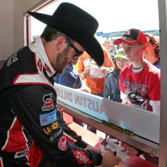 021815-rcr-partners-with-stetson-to-bring-iconic-brand-to-nascar_article-1