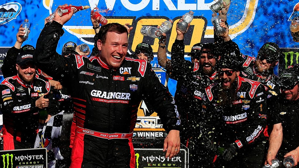 #TBT: Ryan Newman Wins in the Desert on Gutsy Pit Strategy