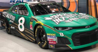 Daniel Hemric Unveils No. 8 Smokey Mountain Herbal Snuff Chevrolet Camaro ZL1