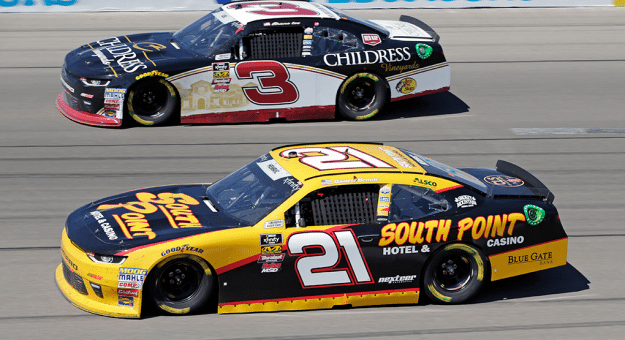 Shane Lee and Daniel Hemric race side-by-side at Las Vegas Motor Speedway during the South Point 400 weekend.