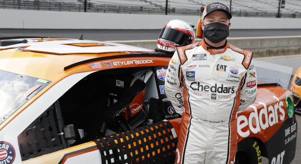 Tyler Reddick Drives No. 8 Cheddar's Scratch Kitchen Chevy to Eighth-Place Finish